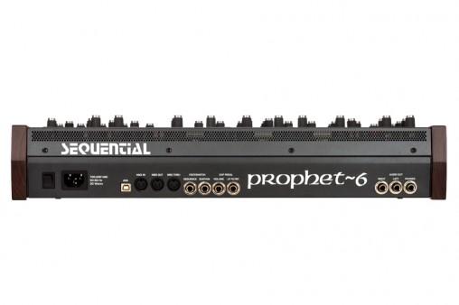 prophet6module_rear_l