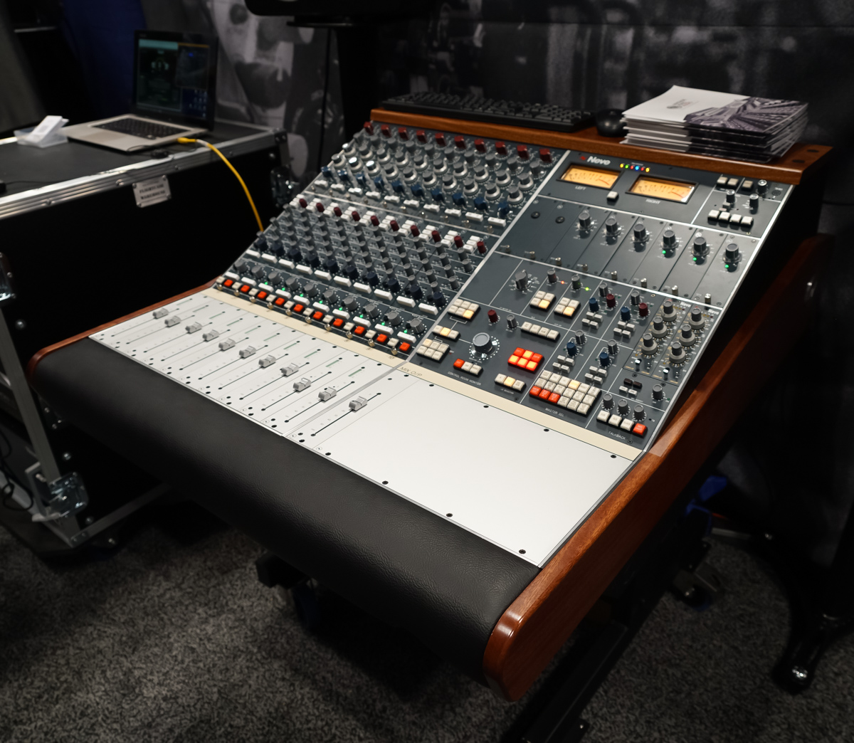 AES2015 Day1 : AMS NEVE