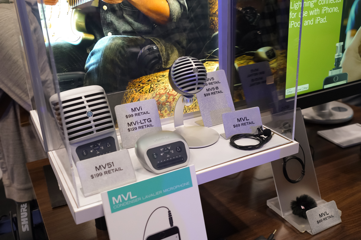 AES2015 Day1 : SHURE