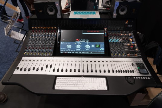 AES 2015 Rock oN AMS NEVE