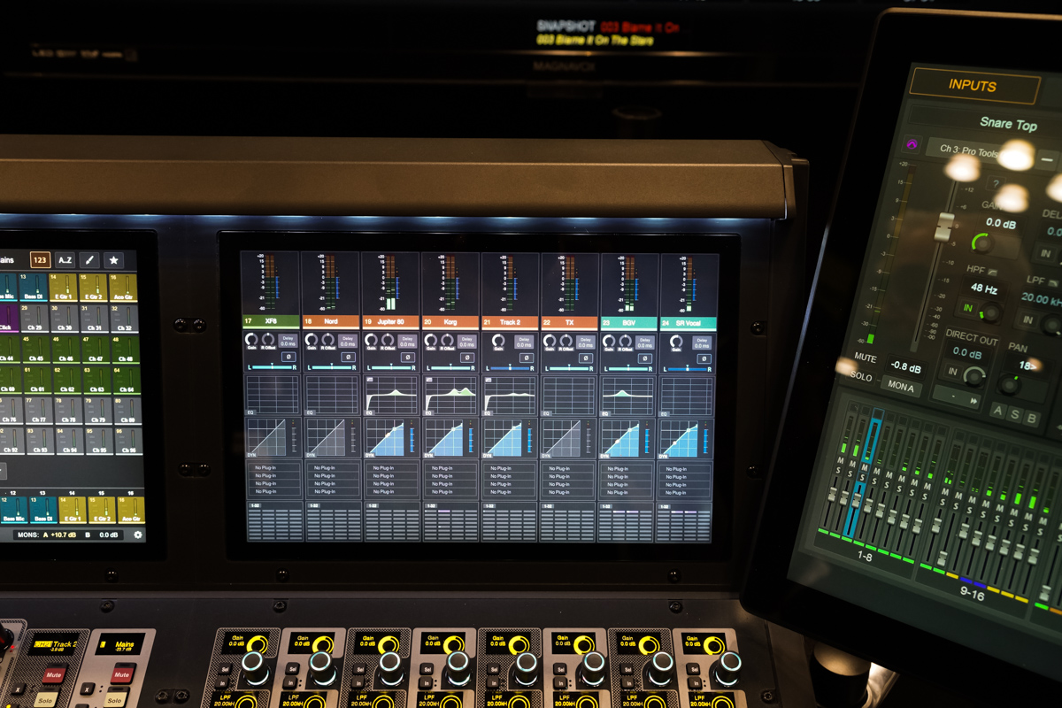 AES2015 Day2 : AVID S6L
