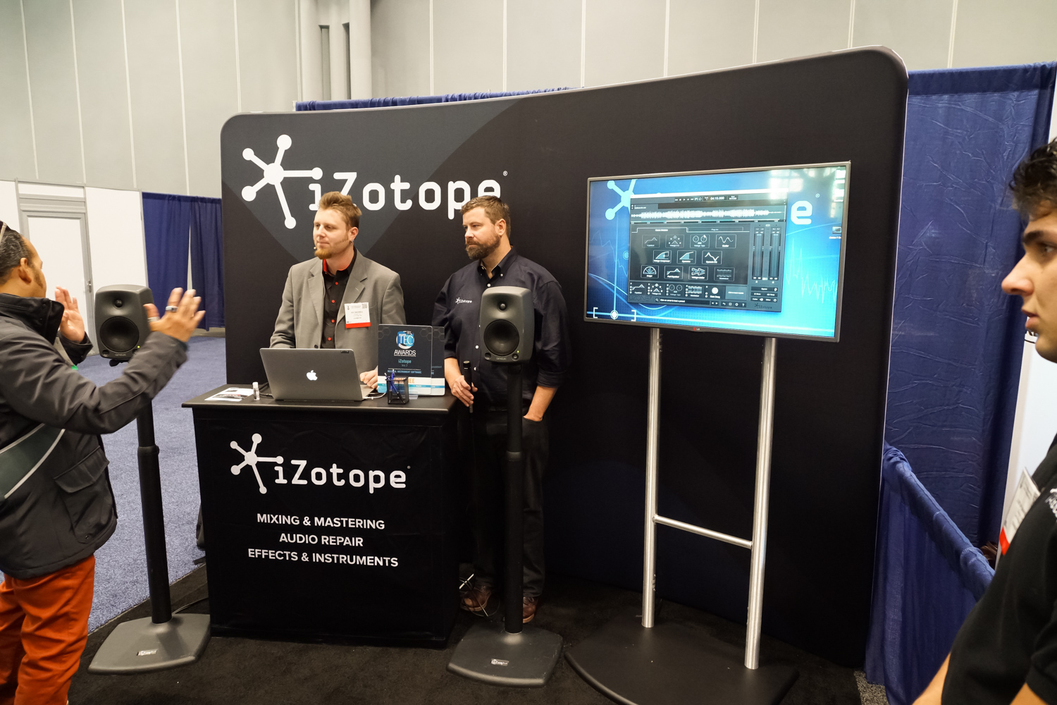 AES2015 Day2 : iZotope