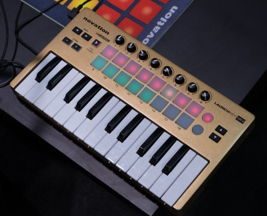 NAMM 2014 NOVATION LUNCHKEY MINI