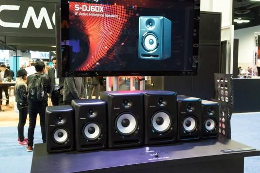 NAMM 2014 Pioneer S-DJ