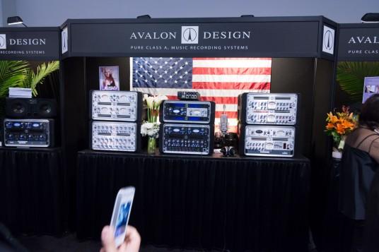 NAMM2014 Avalon Design