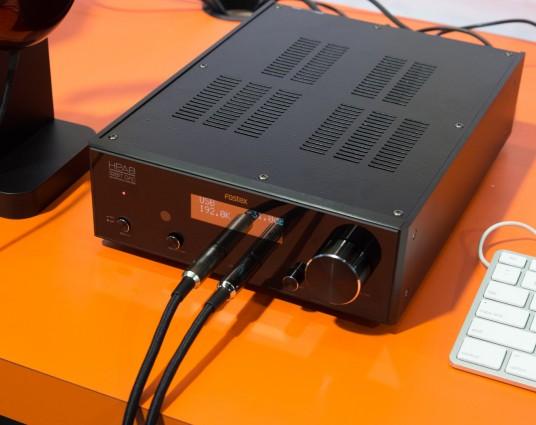 NAMM2014 HP-V1