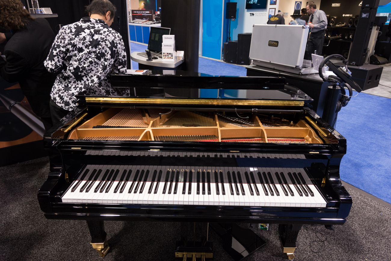 Winter NAMM2014:Earth Works