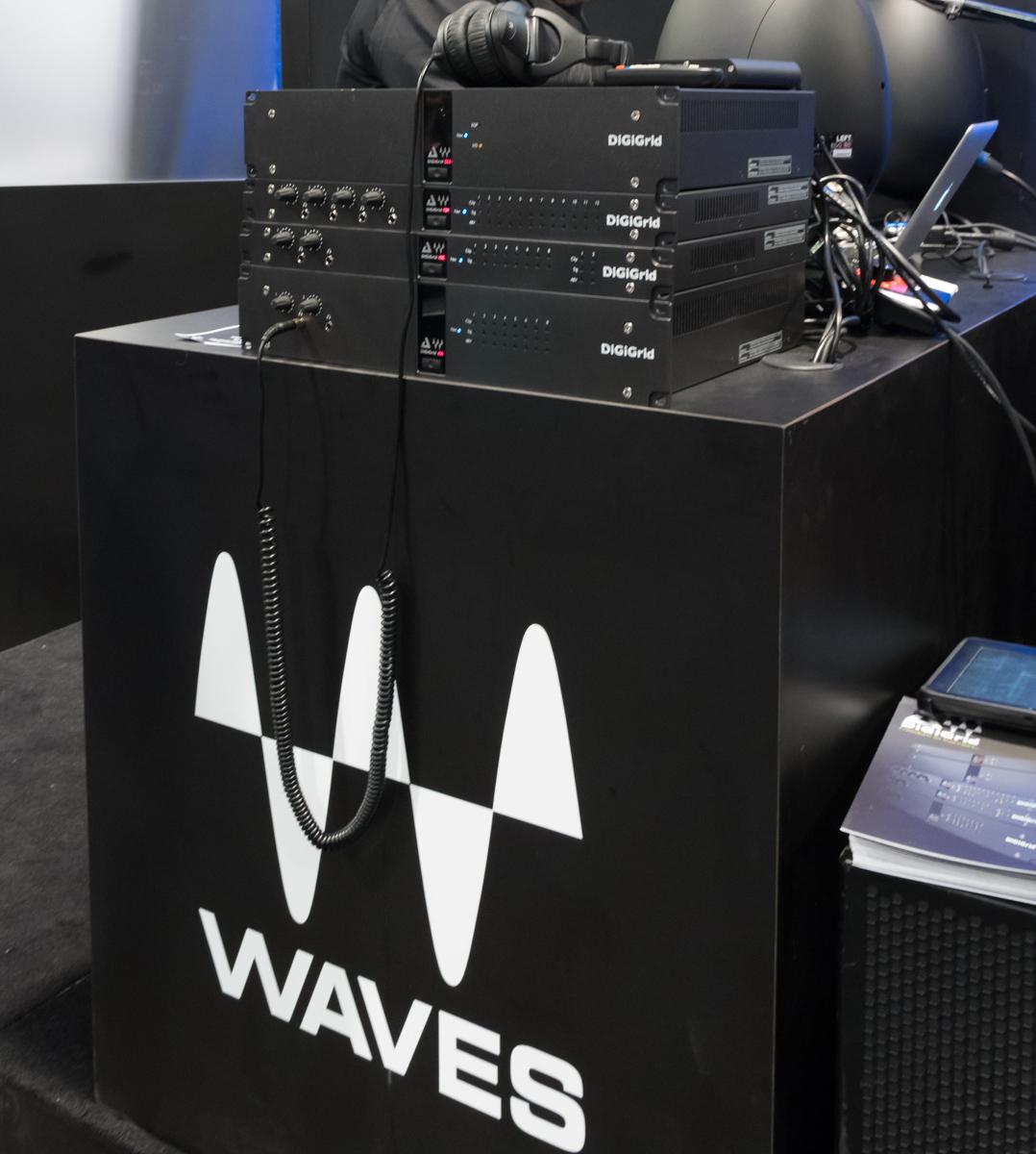 NAMM2015 Day1 : DiGiGrid / Waves