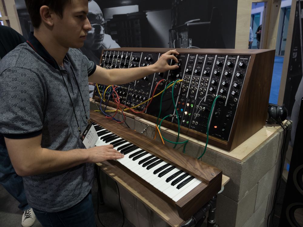 NAMM2015 Day3 : MOOG MUSIC