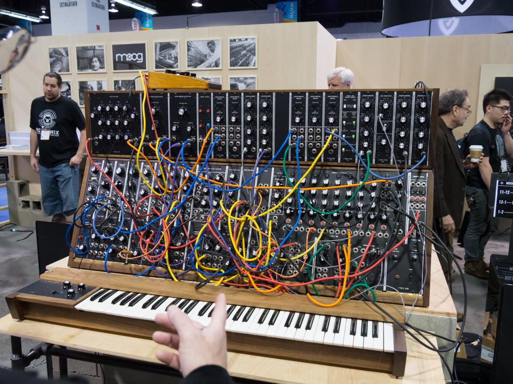 NAMM2015 Day3 : MOOG MUSIC